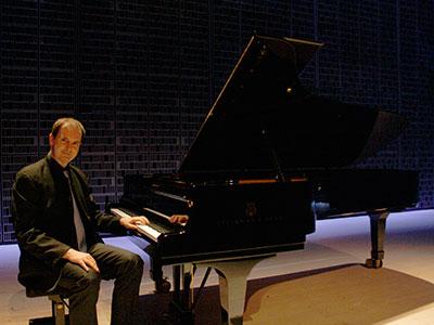 Joe Tong, Keyboard