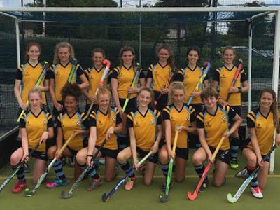 Rio 2016 player Simon Mantell, who played for Great Britain at the Olympics this summer coaches girls' hockey.
