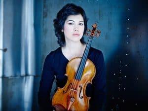 Isabel Villanueva, Violist