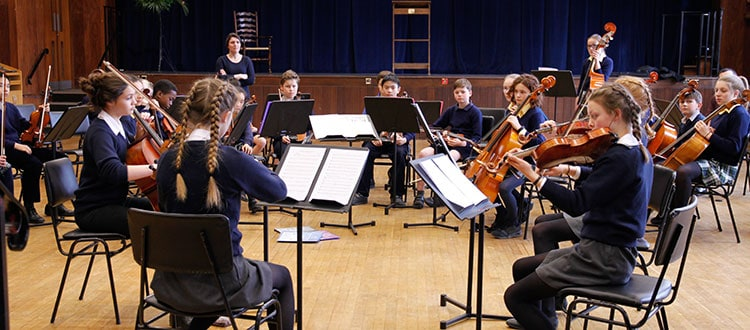 Wells String Quartet Visit to Dragon School, Oxford
