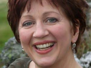 Isobel Buchanan, Vocalist