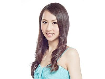 Vivian, Vocalist