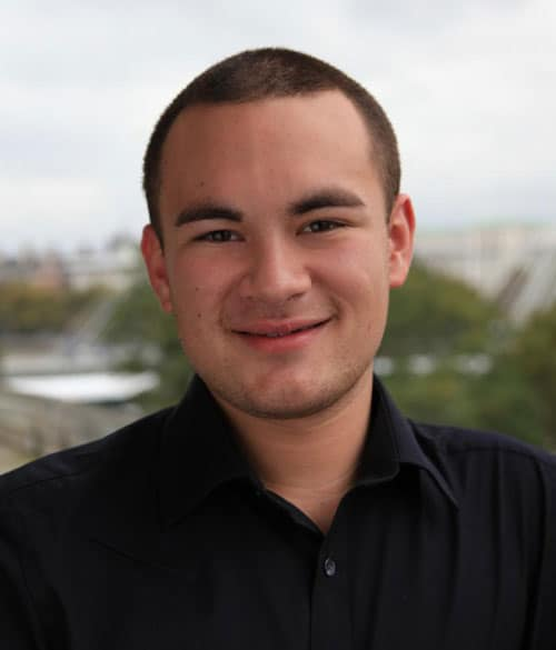 Portrait photo of Jason Evans, image credit Philharmonia