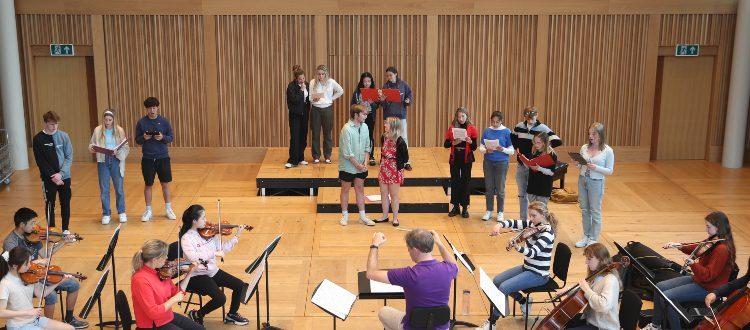 Inependent School Somrset Music Opera
